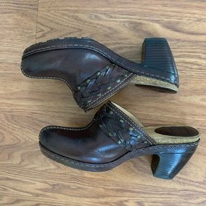 "Frye Candice Woven Band Brown 3"" Block Heel Mules"